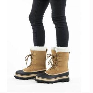Sorel women's boots size 7 color Tan